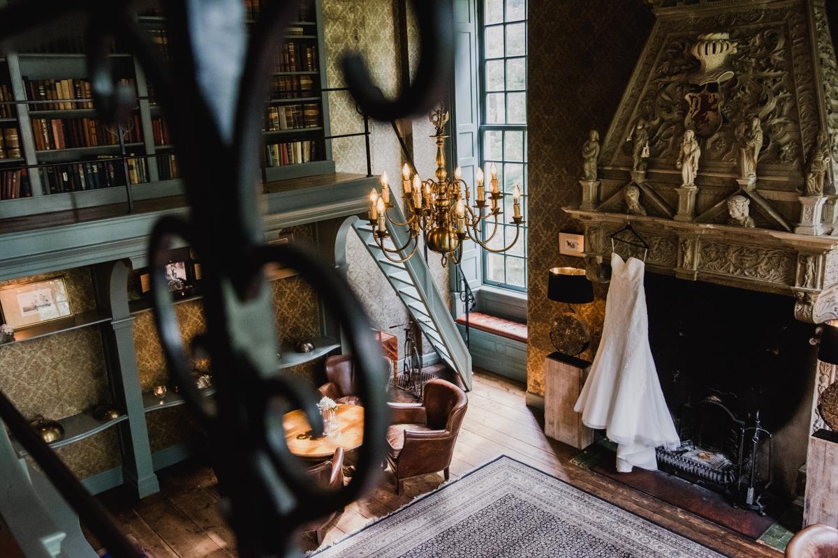 Bruiloft-eindhoven-trouwfotograaf-wedding-kasteel-wijenburg-echteld-bruidsfotograaf-roermond-weert-eindhoven-001-001