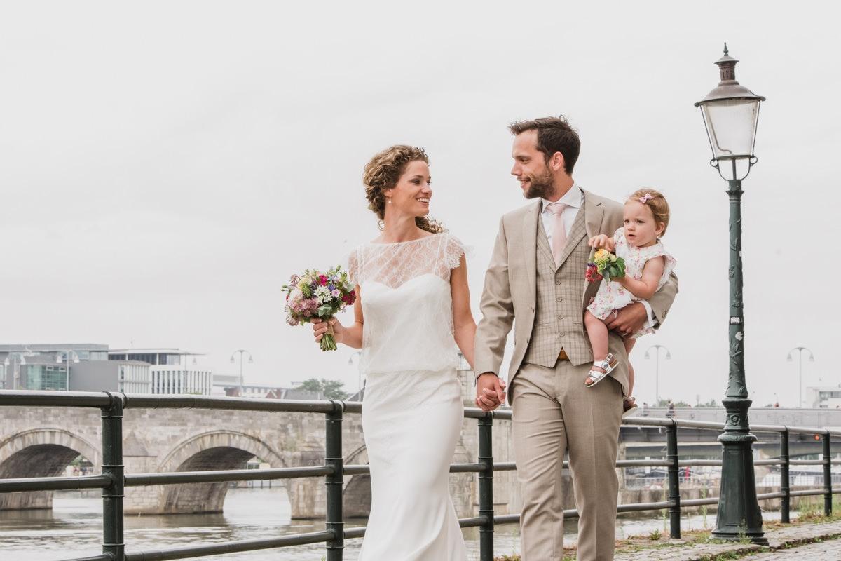 MOODZfotografie-bruidsfotograaf-fotograaf-maastircht-bruiloft-027