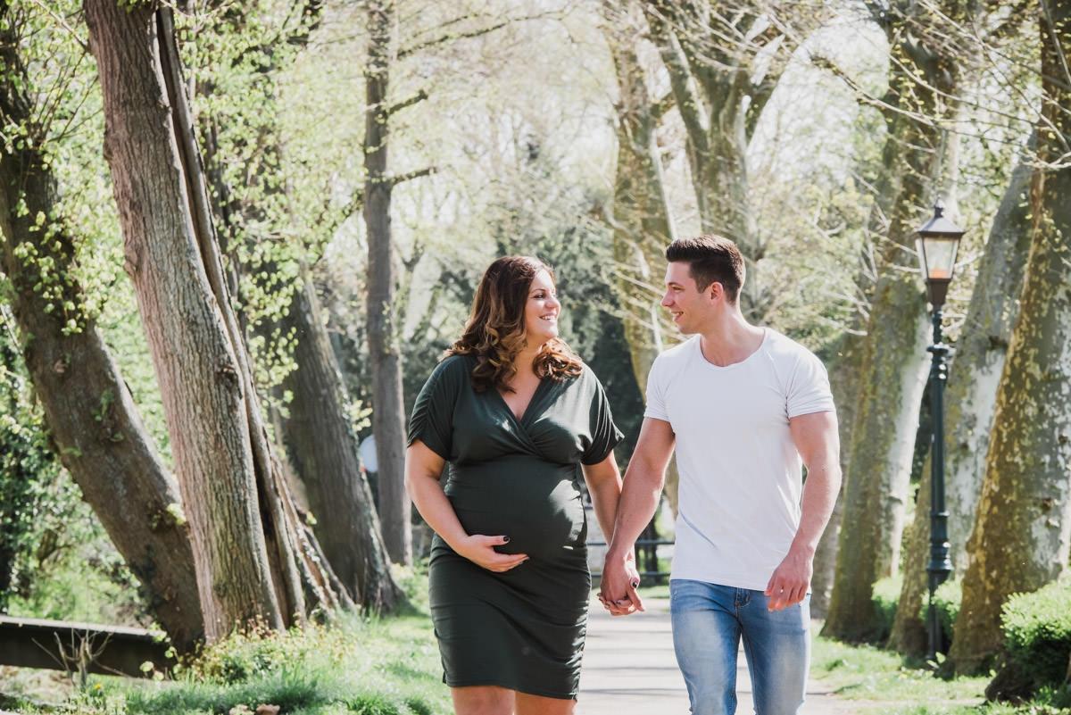 zwangerschapsshoot-fotoshoot-zwanger-bolle-buik-fotostudio-moodz-fotografie-weert-thorn-limburg-008
