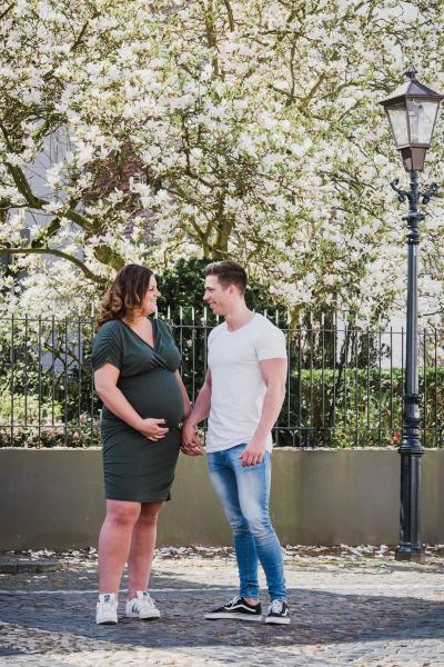 zwangerschapsshoot-fotoshoot-zwanger-bolle-buik-fotostudio-moodz-fotografie-weert-thorn-limburg-013